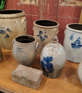 Outstanding Stoneware Auction