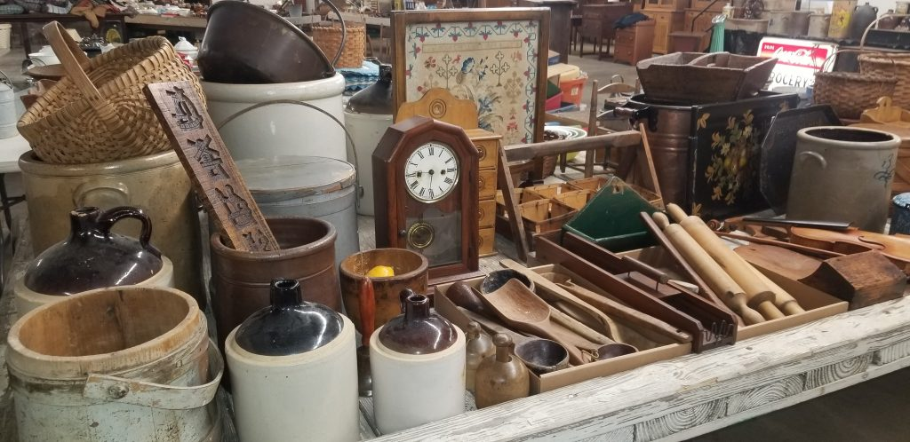 Hancock County New Year's Auction