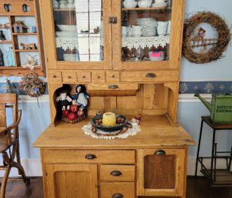 Online ONLY Pattie Riden Estate Auction – Laharpe, IL